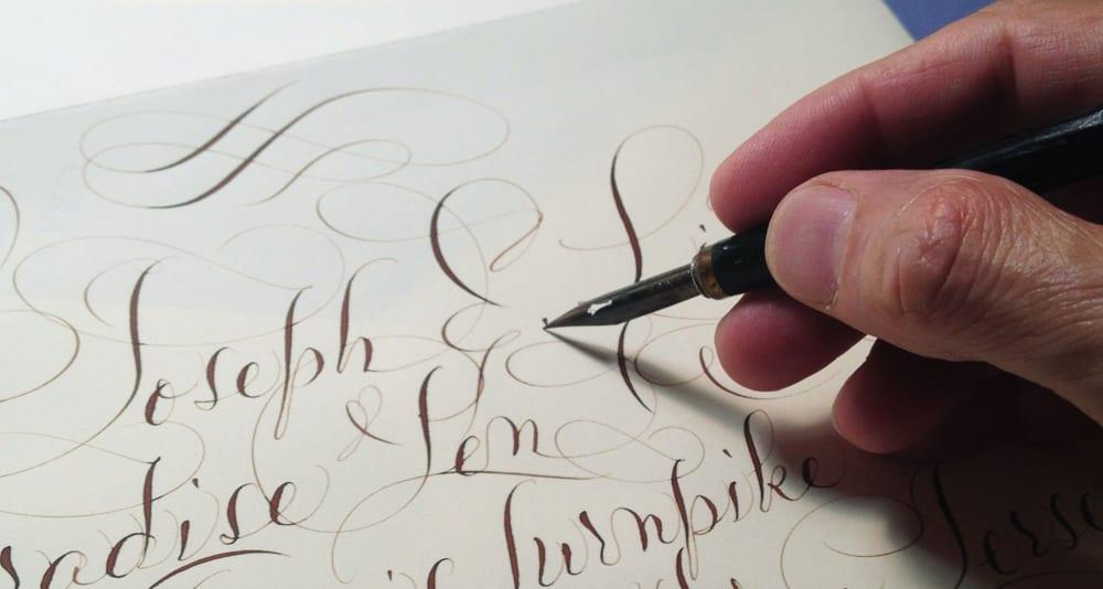 Qué puede hacer por ti un perito calígrafo